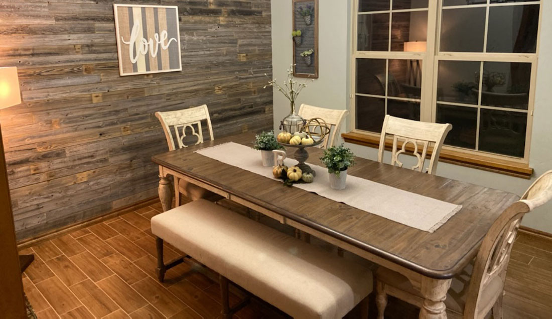TOP HOME DECOR TRENDS IN 2020 USING RECLAIMED WOOD.